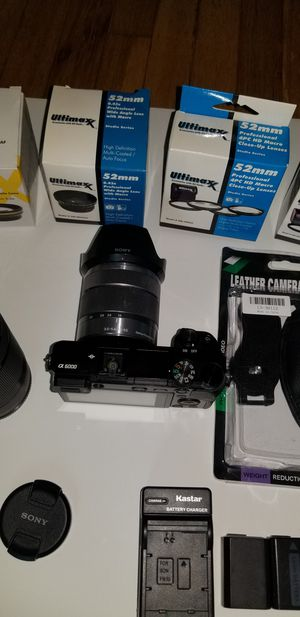 SONY A6000 Bundle! 18-55, 55-210 lens and MORE! for Sale in Los Angeles, CA