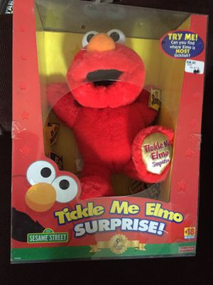 Tickle Me Elmo Surprise-5th anniversary edition for Sale in Philadelphia, PA