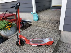 Razor electric scooter for Sale in Tualatin, OR