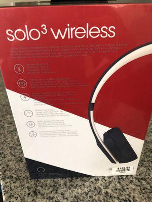 Beats solo 3 wireless headphones ( brand new) for Sale in Phoenix, AZ