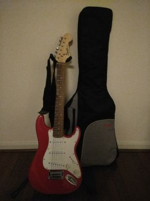 Squire Mini Fender 3/4 size electric guitar for Sale in Alexandria, VA