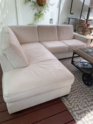 white leather couch for Sale in Elmont, NY