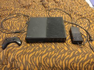 Xbox one 1 teribite (black) for Sale in Cadillac, MI