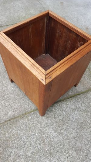 MCM modern planter for Sale in San Francisco, CA