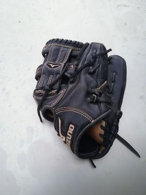 Mizuno MVP baseball glove for Sale in West Covina, CA