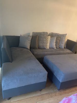 3 PIECE SECTIONAL COUCH for Sale in Doral, FL