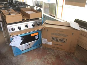 New Viking Professional Appliance Bundle for Sale in San Diego, CA