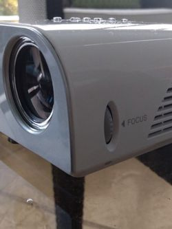 LG Ultra Portable LED Projector HS201 for Sale in Fort Lauderdale,  FL