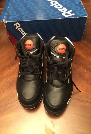 Reebok pumps for Sale in Raleigh, NC