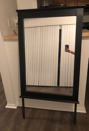 Vanity/dresser mirror for Sale in Tampa, FL