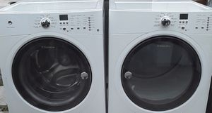 BEAUTIFUL ELECTROLUX SUPER CAPACITY FRONTLOAD WASHER DRYER SET for Sale in Riviera Beach, FL