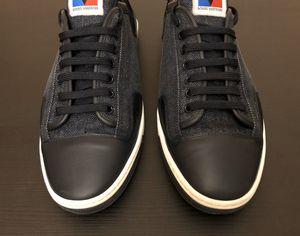 Louis Vuitton Men's Low sneakers shoes size 8.5 Designer for Sale in Palisades Park, NJ