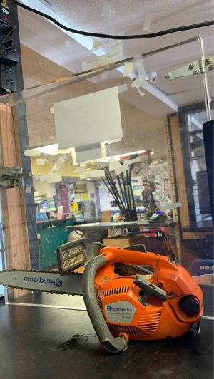 """Husqvarna T435 14"""" Top Handle Chainsaw for Sale in Morrisville, PA"""