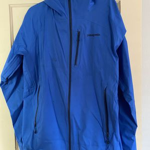 Patagonia Rain Jacket for Sale in Portland, OR