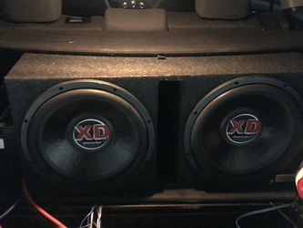 American Bass 2 15s for Sale in Newburgh Heights,  OH
