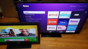 """2 Tvs for sale Samsung 65"""" and Toshiba 40"""" for Sale in Chicago, IL"""