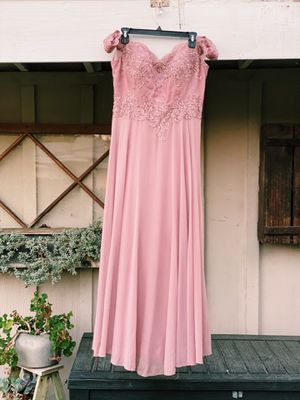 Prom dresses for Sale in Whittier, CA