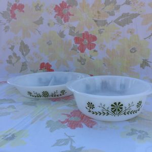 Two Glasbake Vintage off brand Pyrex Casserole Dishes for Sale in Moreno Valley, CA