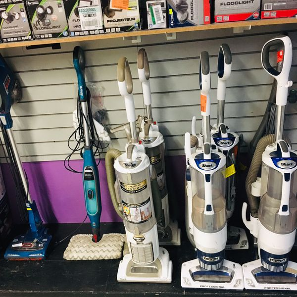Huge Variety on Vacuums in different Styles sizes and colors from the brands Shark, Dyson, Vacmaster, Hoover, Kärcher, Dirt evil, Ryobi and many more