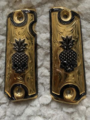 Custom Pistol Grip, for 1911, Gold Plated for Sale in Encinal, TX