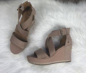 UGG Calla Wedge Heeled Sandal size 10 for Sale in Mesa, AZ
