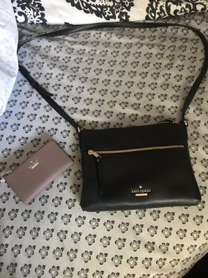 Kate spade crossbody and wallet for Sale in Lake Wales, FL