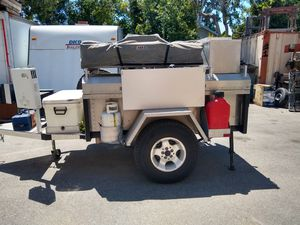 Camper trailer for Sale in Alta Loma, CA