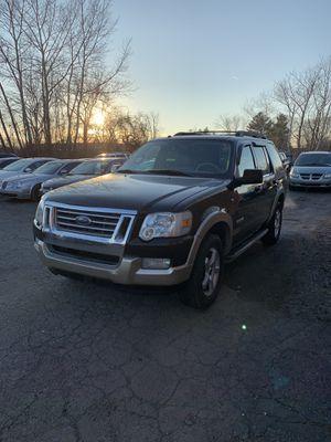 2008 Ford Explorer EDDIE BAUR for Sale in Clinton Township, MI