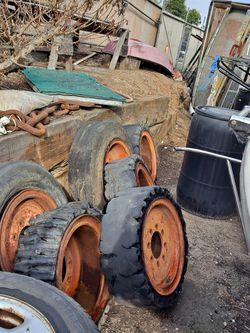 Skid Steer / Tractor Rims for Sale in Huntington Beach,  CA
