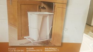 Trashcan for kitchen cabinets for Sale in Fontana, CA