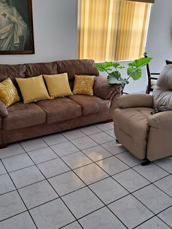 Brand New Electric Leather Recliner And Sofa for Sale in Miami,  FL