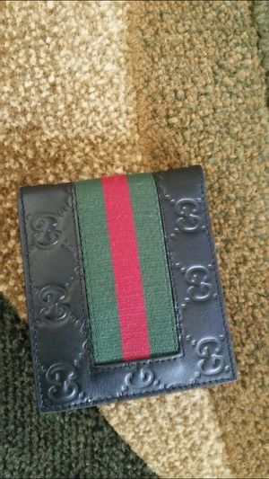 Gucci wallet for Sale in Hillsboro, OR