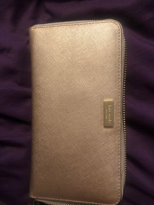 Kate spade rose gold wallet for Sale in Chino, CA