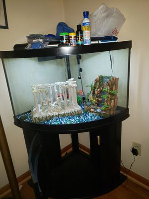 54 gallon Aqueon fish aquarium for Sale in High Point, NC