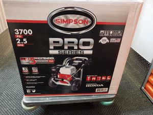 SIMPSON BY HONDA PRESSURE WASHER 3700PSI for Sale in The Bronx, NY