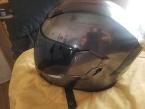 Casco para moto solo se uso 2 veces. for Sale in West Covina, CA