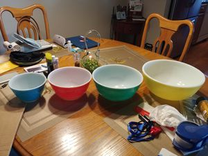 1940's Primary Colors Pyrex mixing bowls, color series, nesting bowls, mixing bowls, pyrex collectible for Sale in Ocean Ridge, FL