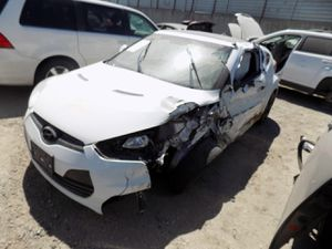 2014 Hyundai Veloster 1.6L (PARTING OUT) for Sale in Fontana, CA