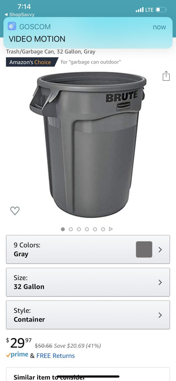 Brute trash can with lid