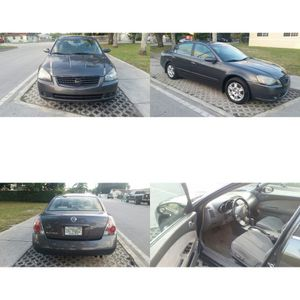 Nissan altima 2006 for Sale in Miami, FL