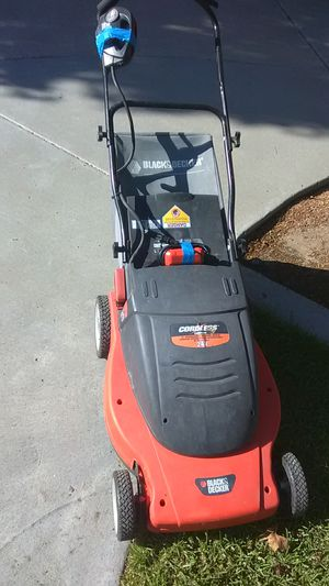 Lawn Mower (Electric) for Sale in San Diego, CA