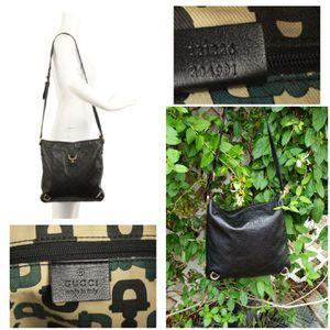 "Gucci Abbey Black Leather Messenger Bag 12""L x 0.5""W x 12.5""HItem #: 24546572 for Sale in Phoenix, AZ"
