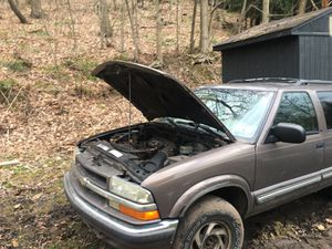 Chevy blazer 08 For sale part it does run do not have a title for Sale in Washington, PA