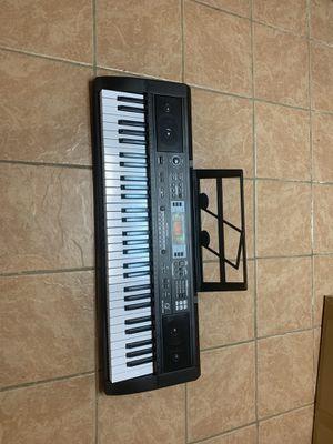 Electric keyboard for Sale in Dearborn, MI