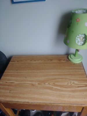 Small desk for Sale in Frederick, MD