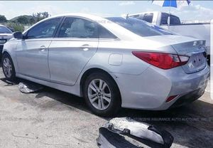 2014 Hyundai sonata parting out for Sale in Opa-locka, FL