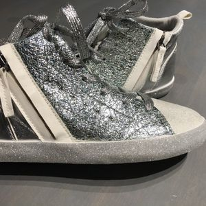 Brand New High Top Shoes for Sale in Jurupa Valley, CA