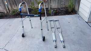 Walker and crutches - like new! for Sale in Lincoln, NE