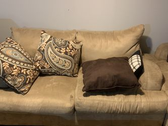 Couches for Sale in Bellwood,  IL