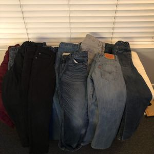 17 pair of Size 8-10 jeans for Sale in Fort Washington, MD